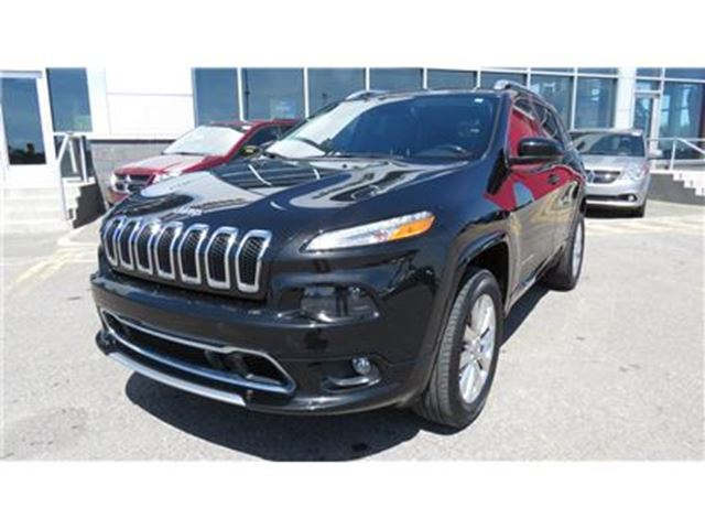 2016 Jeep Cherokee Overland in Trois-Rivieres, Quebec