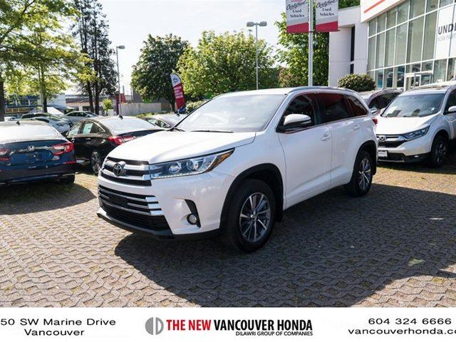 2017 TOYOTA Highlander XLE AWD in Vancouver, British Columbia
