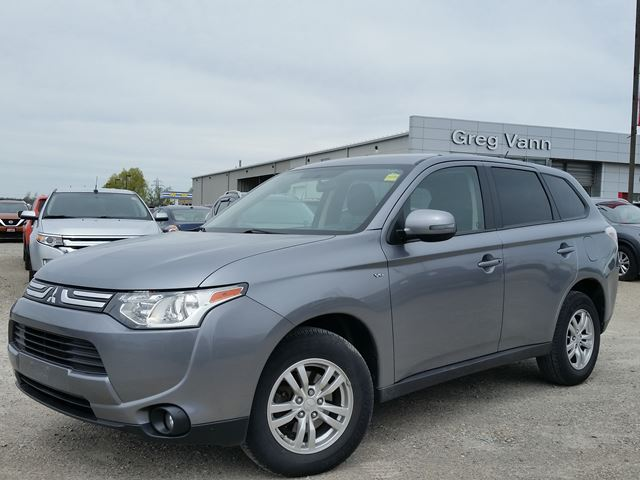 2014 MITSUBISHI OUTLANDER SE AWC/4WD w/3rd row seating,heated seats,climate control,,bluetooth,cruise in Cambridge, Ontario