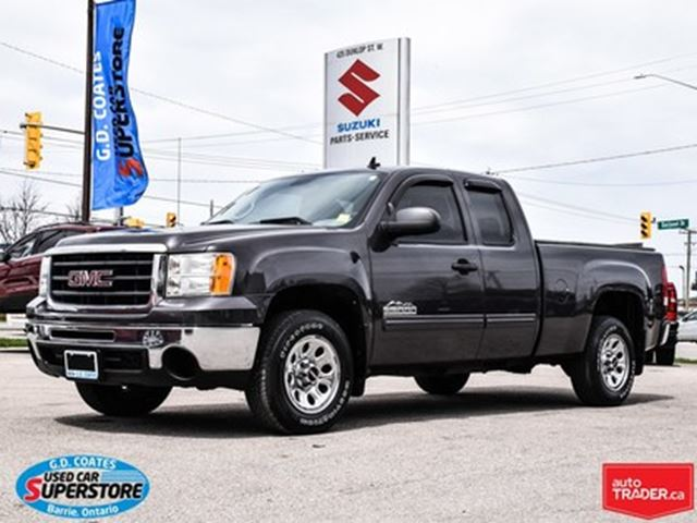 2010 GMC SIERRA 1500 SL Nevada Edition Extended Cab ~V8 ~Trailer Tow in Barrie, Ontario