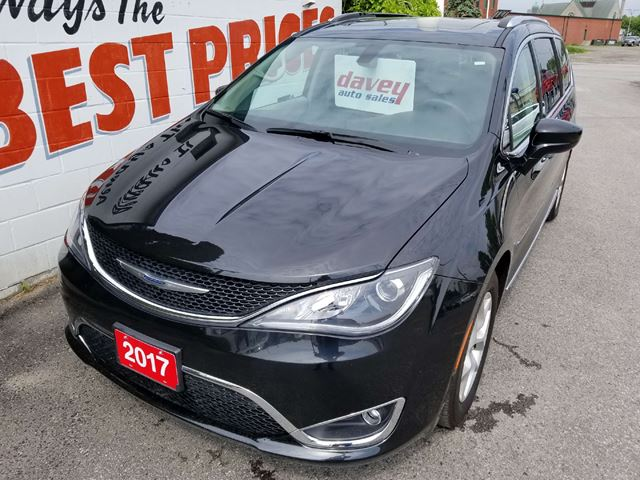 2017 CHRYSLER PACIFICA Touring-L Plus DVD, NAVIGATION, LEATHER,  in Oshawa, Ontario