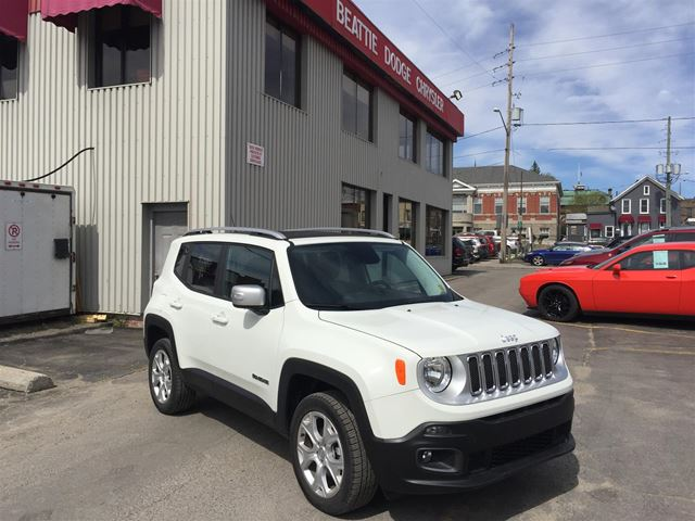 2017 Jeep Renegade Limited NAV/ LEATHER/ BLUETOOTH in Brockville, Ontario