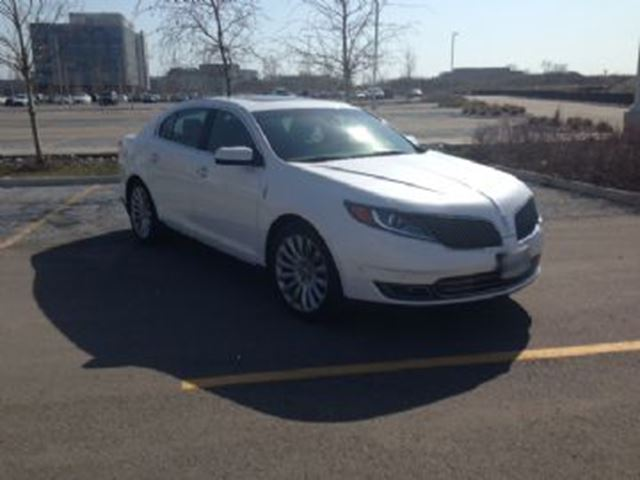 2015 LINCOLN MKS 4dr Sdn 3.7L AWD ~ Navigation ~ Low K's in Mississauga, Ontario
