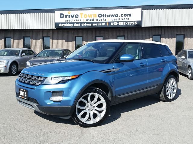 2014 LAND ROVER RANGE ROVER EVOQUE PURE PLUS **TOP OF THE LINE** in Ottawa, Ontario