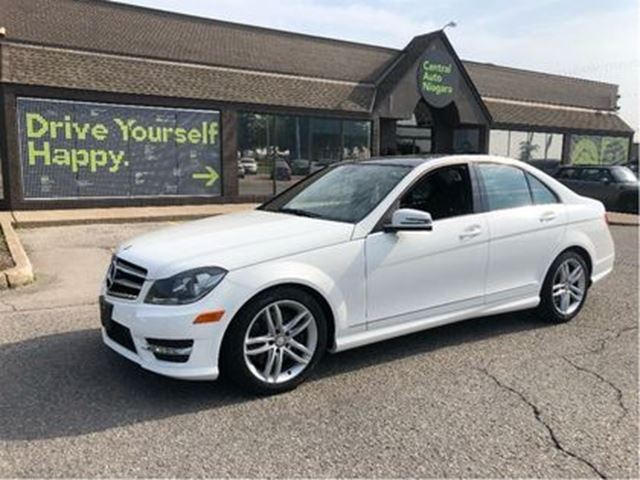 2014 MERCEDES-BENZ C-CLASS 300 / PANORAMIC SUNROOF / BLACK TOP EDITION / AWD in Fonthill, Ontario