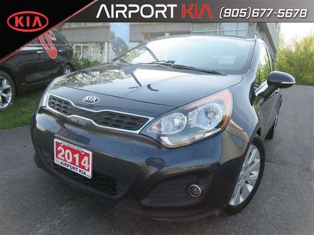 2014 KIA Rio EX w/Sunroof/heated seats/ Camera in Mississauga, Ontario