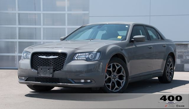 2018 CHRYSLER 300           in Innisfil, Ontario