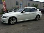 2011 BMW 3 Series 323i auto loaded leather roof finance available    in Ottawa, Ontario