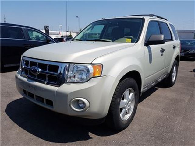 2009 FORD ESCAPE XLT Automatic 3.0L in Whitby, Ontario