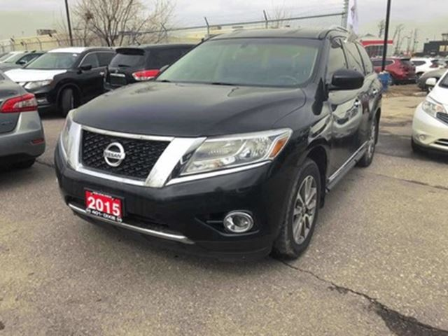 2015 NISSAN PATHFINDER SL   LEATHER   AWD   7PASS in London, Ontario