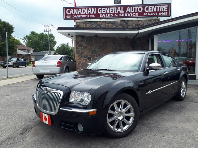2006 CHRYSLER 300 C in Scarborough, Ontario