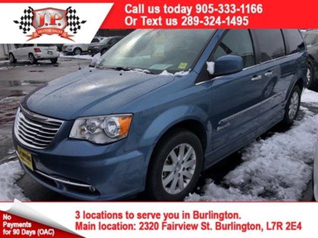 2012 CHRYSLER TOWN AND COUNTRY Wheel Chair Van, Navigation, Back Up Camera, in Burlington, Ontario
