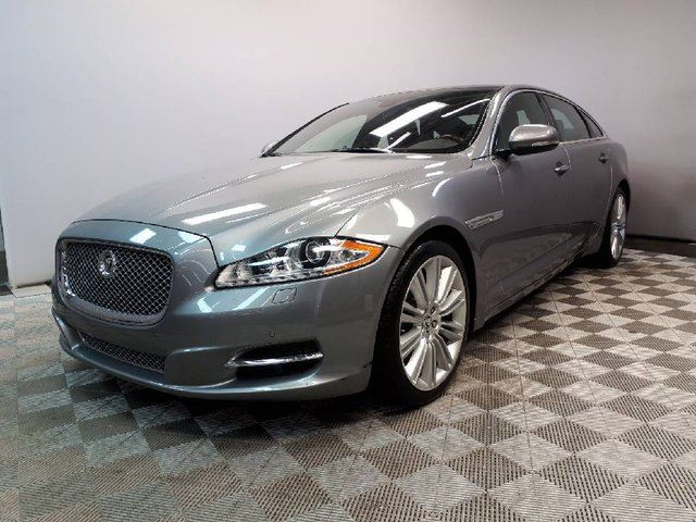 2013 JAGUAR XJ SERIES XJ XJL Portfolio 3.0L AWD - Local Alberta Trade In | No Accidents | 3M Protection Applied | Bluetooth | Rear Window Sunshades | Suede Headliner | Navigation | Wood/Leather Heated Steering Wheel | Heated/Cooled Front/Rear Seats | Adaptive Headlamps with  in Edmonton, Alberta