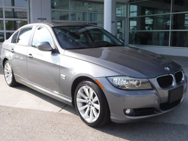 2011 BMW 3 SERIES 328 i X-Drive in Coquitlam, British Columbia