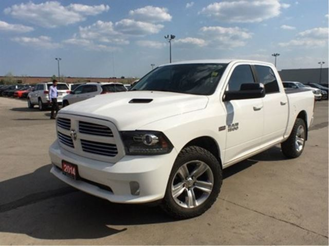 2014 DODGE RAM 1500 SPORT**CREW CAB**LEATHER**SUNROOF**ALPINE SOUND** in Mississauga, Ontario