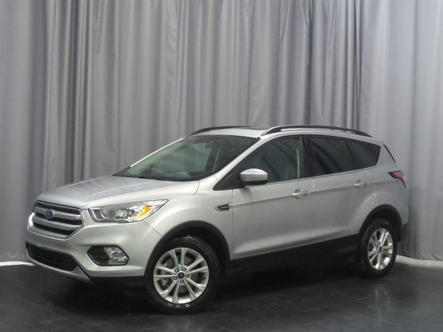 2017 FORD ESCAPE SE 4WD*Touchscreen/Sky Roof/Heated Seats* in Winnipeg, Manitoba