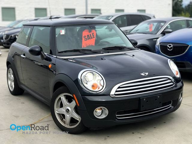 2007 MINI COOPER A/T FWD CD Player AUX Cruise Control A/C Leathe in Port Moody, British Columbia