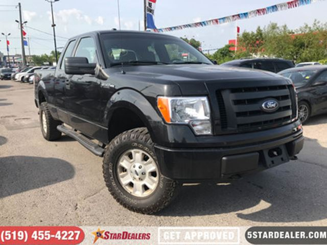 2012 FORD F-150 XL   4X4   V8   6PASS in London, Ontario