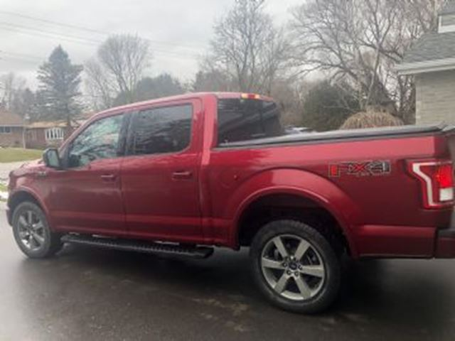2017 FORD F-150 4WD SuperCrew XLT w/FX4 Pkg, Navi & Moonroof in Mississauga, Ontario