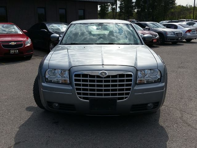 2007 CHRYSLER 300 TOURING EDITION in Ottawa, Ontario
