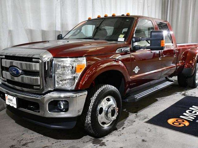 2015 FORD F-350  Lariat 4x4 SD Crew Cab 172.0 in. WB in Red Deer, Alberta