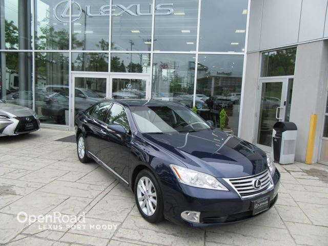 2011 LEXUS ES 350 Navigation Package - Back Up Camera - Heated An in Port Moody, British Columbia
