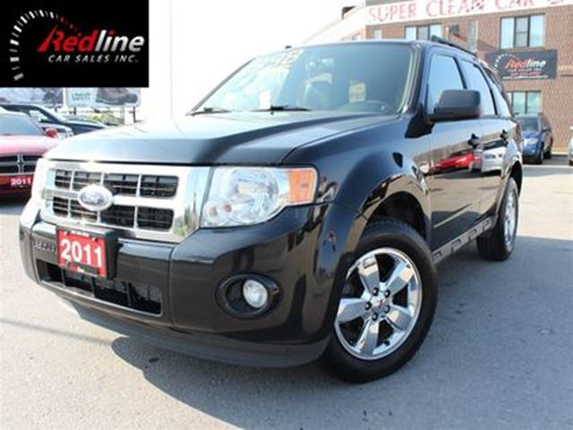 2011 FORD Escape XLT V6 4WD Leather-SYNC-Sunroof in Hamilton, Ontario