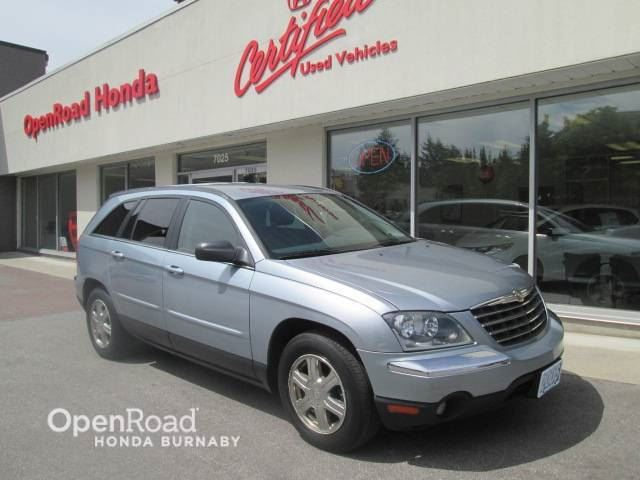 2005 CHRYSLER PACIFICA Touring in Burnaby, British Columbia