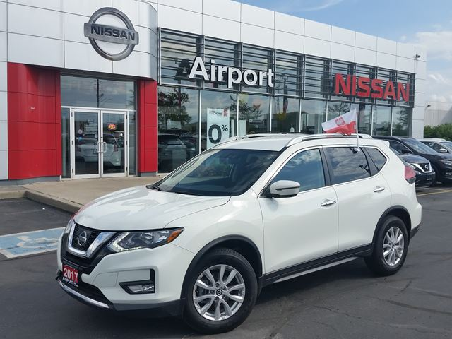 2017 NISSAN Rogue SV FWD ALLOY ,BACK UP CAMERA,PUSH BUTTON START,REMOTE STARTER in Brampton, Ontario