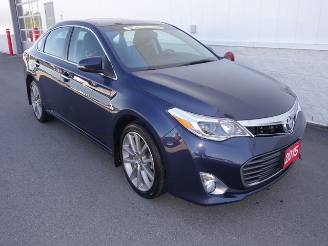 2015 TOYOTA AVALON XLE in North Bay, Ontario