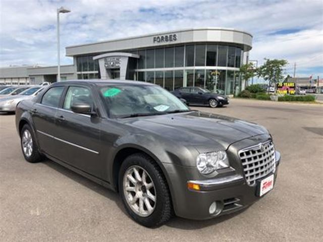 2008 CHRYSLER 300 Limited \ AS IS SPECIAL \ LEATHER \ SUNROOF \ in Waterloo, Ontario