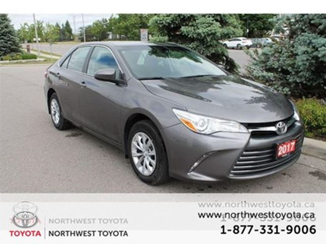 2017 TOYOTA Camry LE /$138.68 Bi-weekly Finance for 84 months in Brampton, Ontario