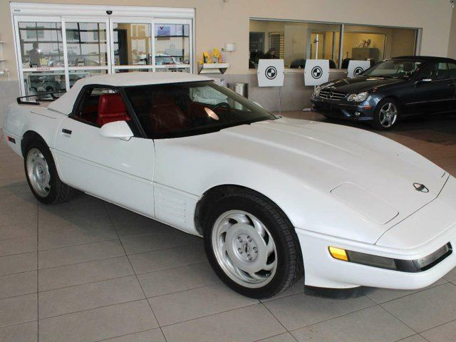 1992 CHEVROLET CORVETTE Convertible, 5.7L V8, LOW MILEAGE in Red Deer, Alberta