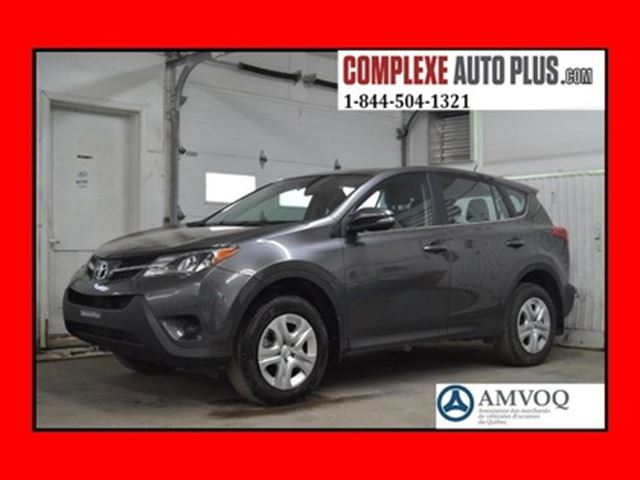 2015 TOYOTA RAV4 LE AWD 4x4 *Bluetooth in Saint-Jerome, Quebec