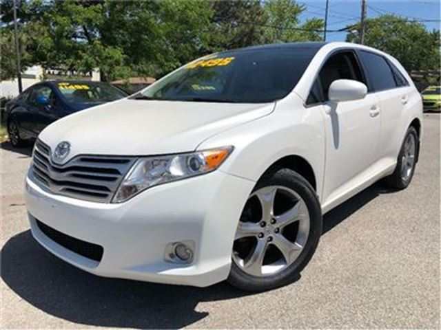 2010 TOYOTA VENZA V6 PANORAMIC ROOF NICE CLEAN CAR LOW KMS! in St Catharines, Ontario