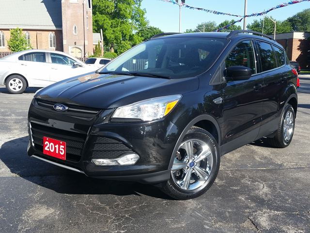 2015 Ford Escape SE,POWER HEATED SEAT,NAVIGATION,CHROME WHEELS, in Dunnville, Ontario
