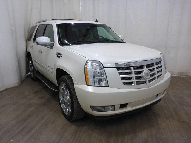 2010 CADILLAC ESCALADE Base in Calgary, Alberta