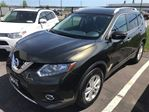 2015 Nissan Rogue SV AWD, Sunroof, Back Up Camera in Thunder Bay, Ontario