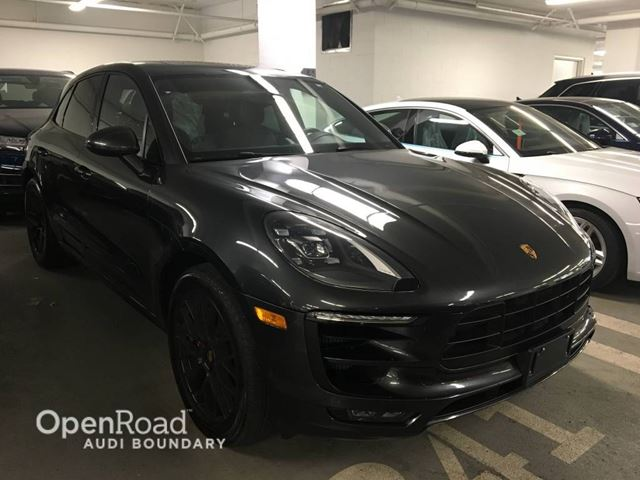 2017 PORSCHE MACAN AWD 4dr GTS NO ACCIDENTS  BACK UP CAMERA in Vancouver, British Columbia