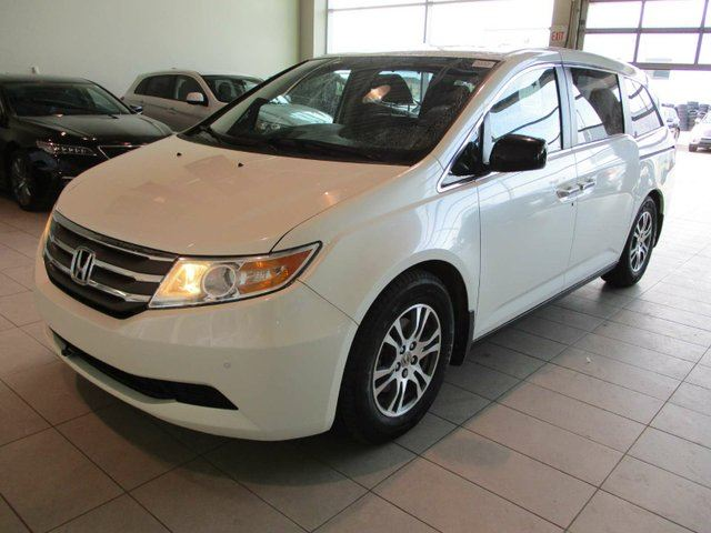 2013 HONDA Odyssey EX-L RES - Heated Leather, Sunroof, DVD + PWR Liftgate! in Red Deer, Alberta