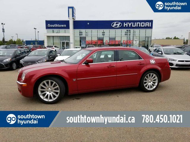 2007 CHRYSLER 300 HEMI/HEATED SEATS/SUNROOF/POWER OPTIONS in Edmonton, Alberta