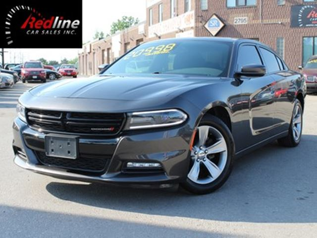 2015 DODGE Charger SXT V6 Bluetooth-Heated Seats-Big Screen in Hamilton, Ontario