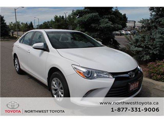 2017 TOYOTA Camry LE/ $142.05 Bi-weekly Finance for 84 months in Brampton, Ontario