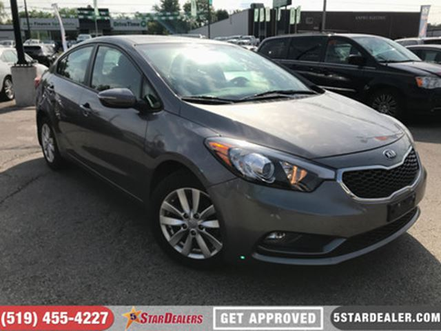 2014 KIA FORTE 1.8L LX   ROOF   HEATED SEATS   BLUETOOTH in London, Ontario