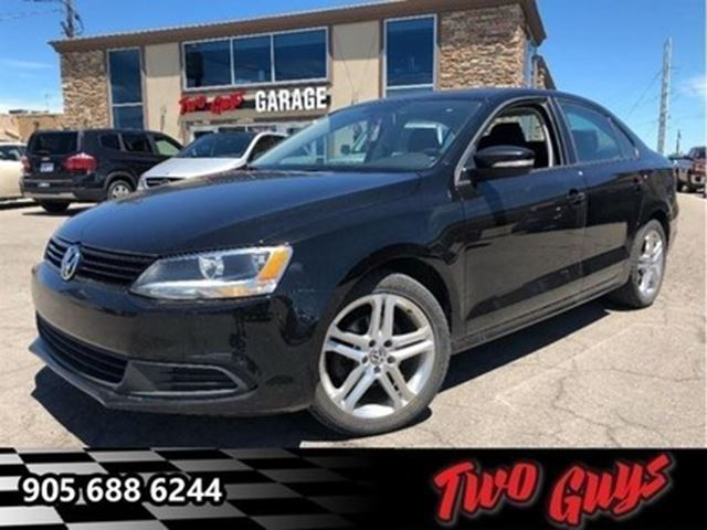 2014 VOLKSWAGEN JETTA 2.0L Trendline+ BIG MAGS LOW KMS!!! in St Catharines, Ontario