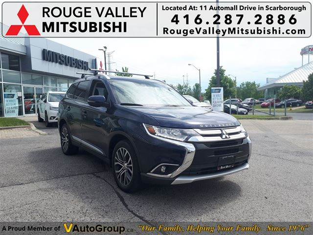 2017 MITSUBISHI OUTLANDER GT S-AWC - LIKE NEW LOW KM TOP MODEL in Scarborough, Ontario