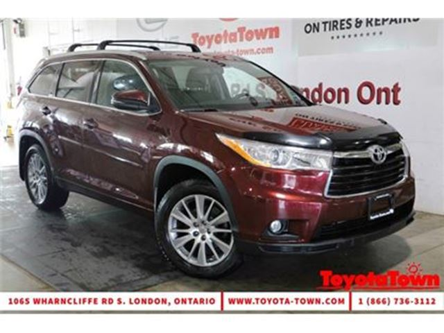 2015 TOYOTA Highlander 8 PASSENGER XLE AWD LEATHER NAVIGATION in London, Ontario