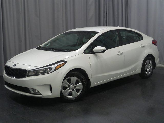 2017 KIA FORTE LX *Accident Free/LX Plus Package* in Winnipeg, Manitoba