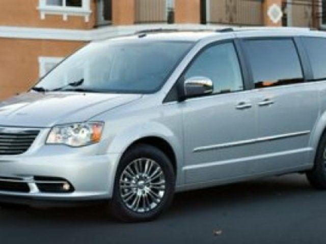 2014 CHRYSLER TOWN AND COUNTRY LIMITED Navigation (GPS), Rear DVD, Sunroof, Back-up Cam, - Edmonton in Sherwood Park, Alberta