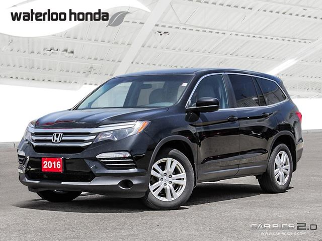 2016 Honda Pilot LX Bluetooth, Back Up Camera, AWD, Heated Seats and more! in Waterloo, Ontario